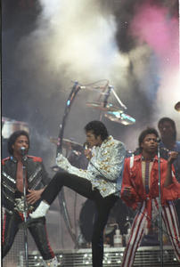 1984 VICTORY TOUR  Th_753887120_6884008340_257cecce05_b_122_1020lo
