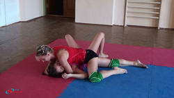 On June, 28th 2010. The open championship of club on submission wrestling. Results Th_63899_11_122_1067lo