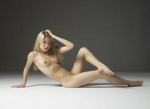 Margot - Young Spirit [Zip]757q454f06.jpg