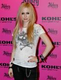 HQ celebrity pictures Avril Lavigne