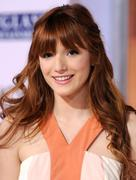 http://img180.imagevenue.com/loc678/th_177655835_BellaThorne_TheVow_HollywoodPremiere_8_122_678lo.jpg