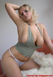 huge homo boobs s24 treffi