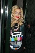 Rita Ora Leaving the Ivy Club in London 28th August x15